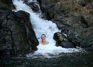 Dominica - Waterfall jacuzzi