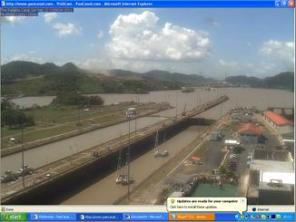 Panama Canal - Webcam view from Miraflores Visitor Centre - Pipistrelle 2nd row starboard