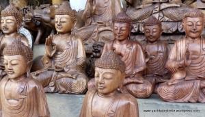 Buddhas galore