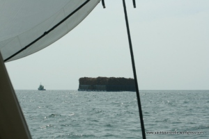 Tug and tow (logs of wood) between Kumai and Belitung