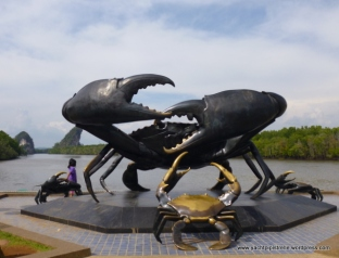 Bronze crabs in Krabi