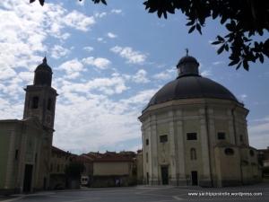 Loano Church Square
