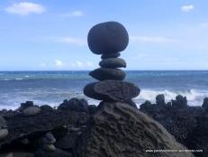 Artistic cairn