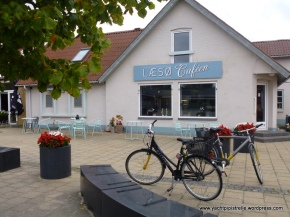 Laeso Cafe and our bikes