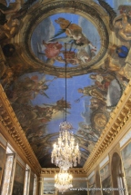 Gilt ceiling and chandelier