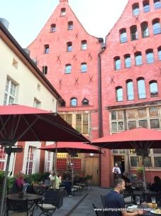 Zum Scheele courtyard